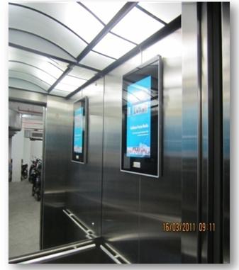 Quảng cáo Poster Frame trong thang máy
