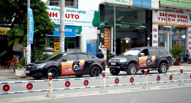 Quảng cáo trên ô tô lợi kép cho doanh nghiệp và chủ xe
