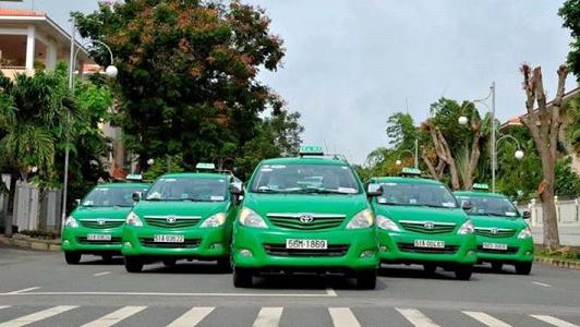 Quảng cáo trên xe Taxi và các hình thức quảng cáo