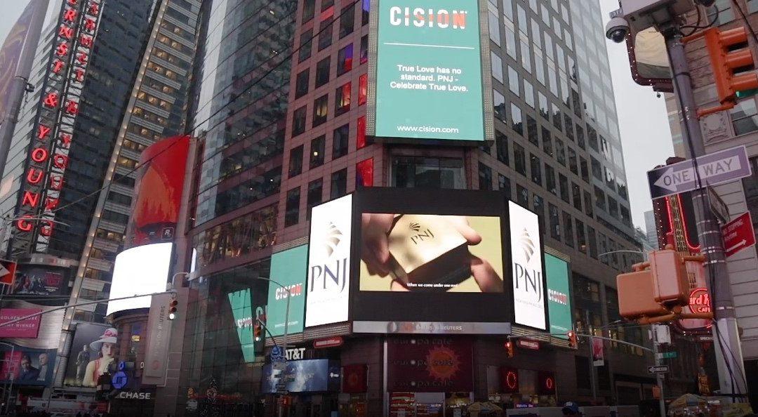 TVC của PNJ được chiếu tại quảng trường Times Square New York
