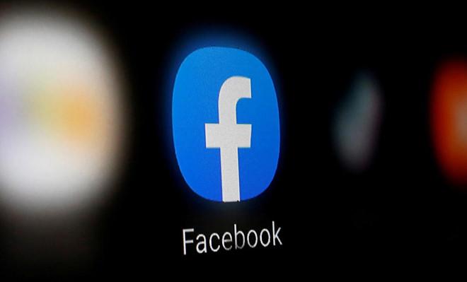 Lượng truy cập vào sản phẩm của Facebook, bao gồm Messenger, WhatsApp tăng đột biến không khiến cho tiền quảng cáo của hãng công nghệ này nhiều hơn /// Ảnh: Reuters