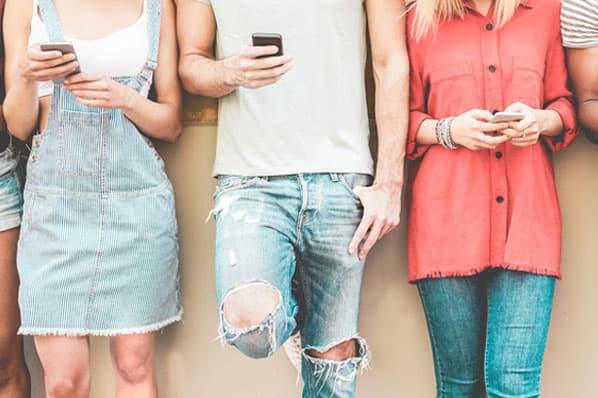Sự khác biệt giữa hai thế hệ Millennials và Gen Z mà maketer cần biết