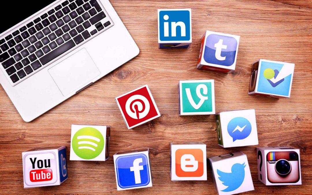 Làm gì khi khách hàng mục tiêu không ở trên mạng xã hội