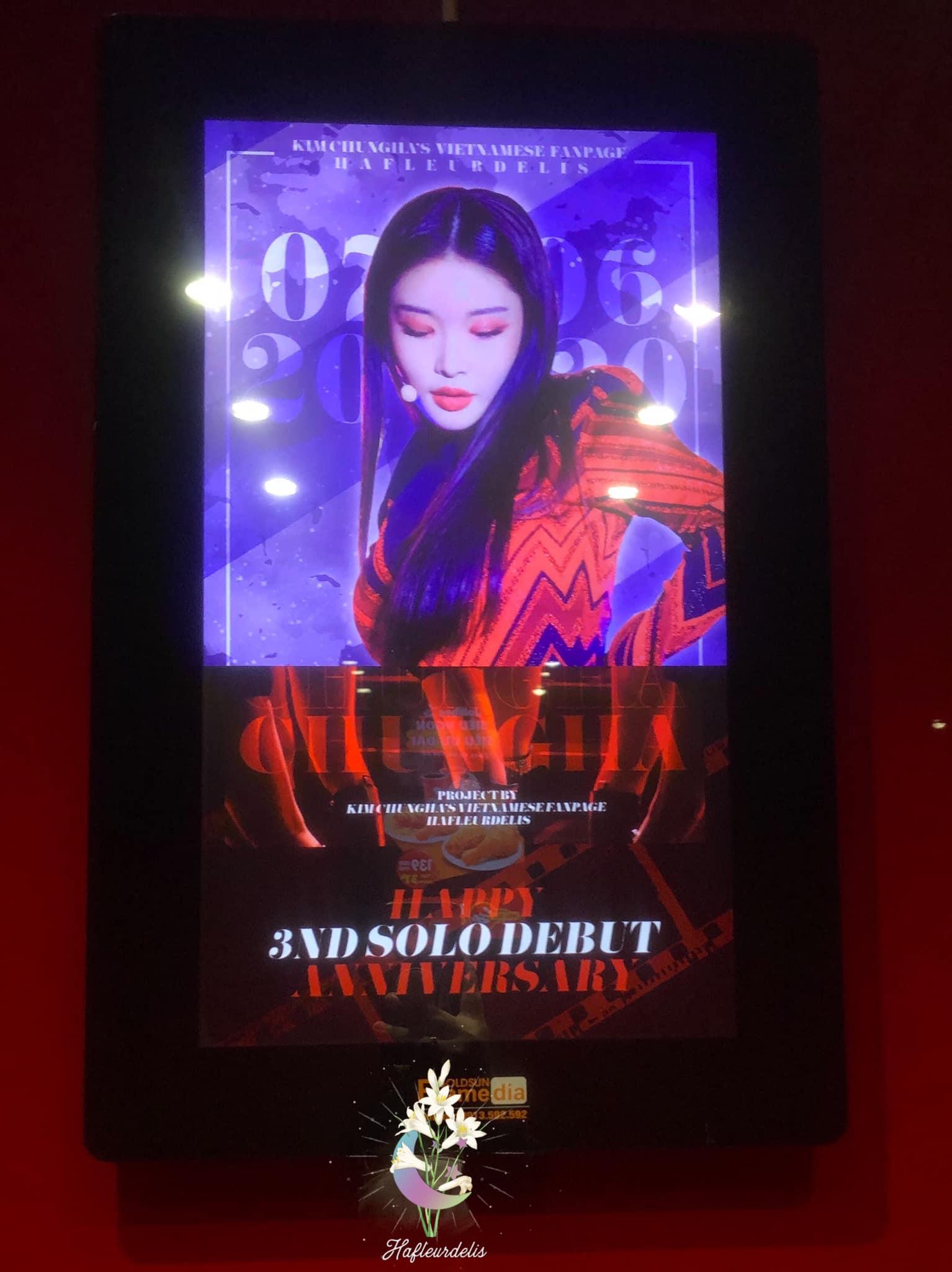 Quảng cáo Frame trong tháng máy do Brandcom thực hiện cho FC của Idol Kpop