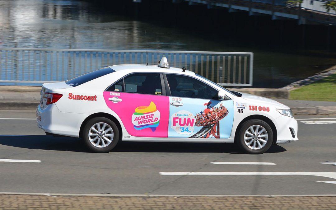 Xu hướng quảng cáo trên xe taxi trong năm 2021