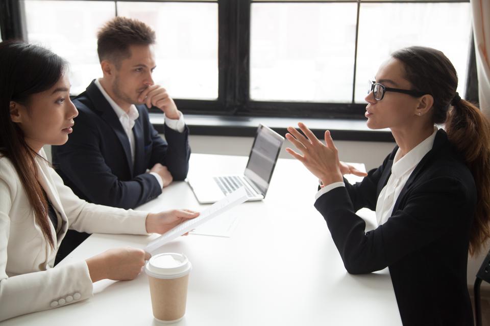 7 điều không nên hỏi khi phỏng vấn xin việc