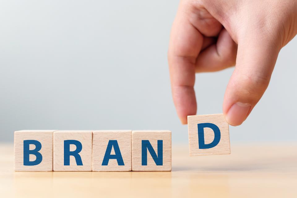 Truyền thông thương hiệu để hướng tới khách hàng mục tiêu